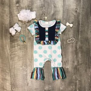 New boutique baby romper
